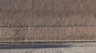Men walks towards famous Ichon Qala — Stock Video