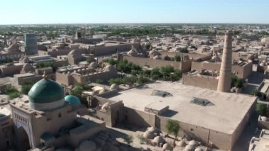 Skyline of ancient Khiva town — Stock Video