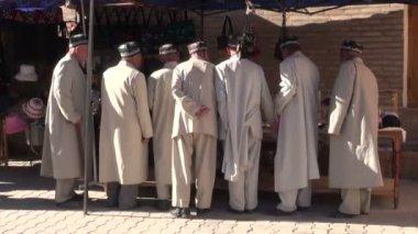 Men visit Khiva — 图库视频影像