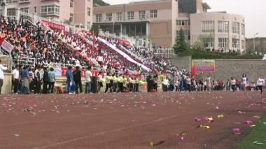 Students take part in a running contest — Wideo stockowe