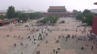 Tourists visit the Forbidden City — Stock Video