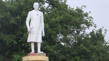 Estátua de jawaharlal nehru — Vídeo stock