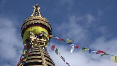 Swayambhunath temple complex in Kathmandu — Vídeo de Stock