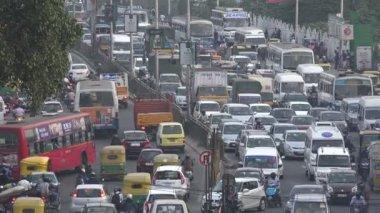 Traffic jam during rush hour — Stock Video