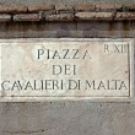 Piazza Dei Cavalieri Di Malta street sign in Rome, Italy — Stock Photo #71492561