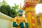 Statue at the temple in Laos. — Stock Photo