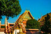 ワット ・ プラチェートゥポンウィモンマンカラーラームまたはプラ ・ ワットチェトゥポーン、タイのバンコクで菩提の寺 — ストック写真