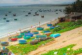 A lot of boats on the sea, fishing in fish village, mui ne, vietnam — Foto Stock