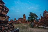 Ancient palaces against the evening sky. Ayutthaya Thailand. — Stock Photo