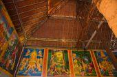 Città vecchia Udong. Dipingere le pareti all'interno del tempio. Cambogia. — Foto Stock