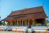 Buddhist temple with gold.Luang Prabang.Laos. — Stock Photo
