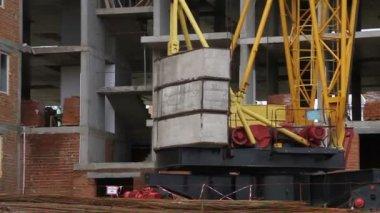 Construction. Crane rotating close-up. — Stock Video