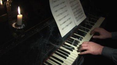 Piano 11.mov — Stock Video