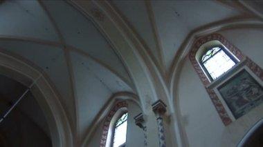 Mov 3. wnętrza kościoła — Wideo stockowe