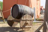 Ancient wooden cart with wooden barrel — Stock Photo