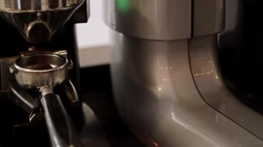 Tamping the grind coffee. Close-Up. — Stock Video