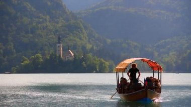 Boat on the lake Bled — Stock Video