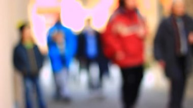 People walking on the street — Stock Video