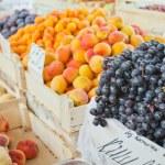 Постер, плакат: Fruit on the market