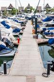 Yacht and boats docking at the marina — Stock Photo
