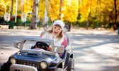 Happy girl at the park — Stock Photo