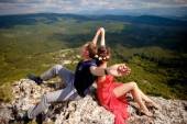 Love story in the mountains — Fotografia Stock