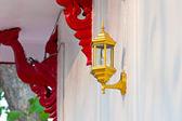 Лампа на стене — Стоковое фото