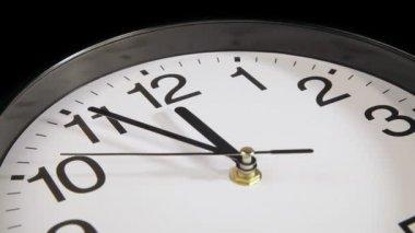 Часы на стену — Стоковое видео
