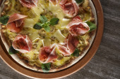 Parma ham pizza — Stock Photo