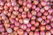 Red onion bulb for sale at market,Thailand — Stock Photo
