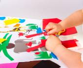 Çocuk kesik yapıyor — Stok fotoğraf