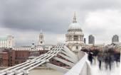Millenium Bridge and St Pauls — Stock Photo