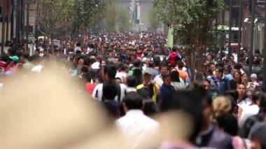 Mexico City, Mexico-CIRCA June,2014: Crowd walking through street. — Stock Video