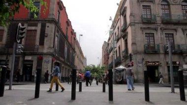 Mexico City, Mexico-June 2014: People walking through Regina street. — Stock Video