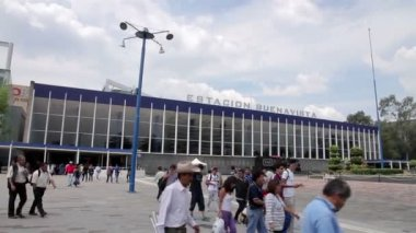 Mexico City, Mexico-August 2014: FULL SHOT. Buenavista rail station. — Stock Video