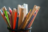 Bunch of color pencils in a stand — 图库照片