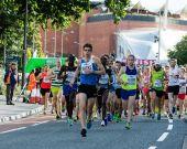 英格兰布里斯托尔-布里斯托尔半程马拉松赛 2015年 2015 年 9 月 13 日 — 图库照片