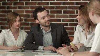 Businesspeople Having Meeting In Office — Stock Video
