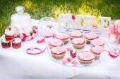 Pink cakes on the table — Stock Photo