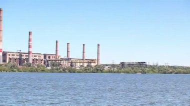 Thermal power plant  river — Stock Video