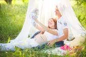 Пикник, беременные — Стоковое фото