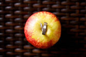 Wedding ring on red apple — Fotografia Stock