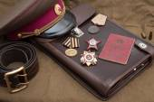 Still life with vintage objects dedicated to Victory Day. Medals and orders of Great Patriotic war. — Stock Photo
