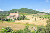 Medieval abbey  in Tuscany — Stock Photo