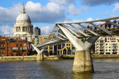 View of St.Paul's Cathedral and Millennium Bridge — Stock Photo