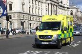 Ambulance emergency van at street in London — ストック写真