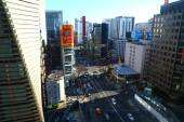Top view of street traffic in Tokyo — Stock Photo