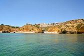 Algarve: View to beach Praia Dona Ana near Lagos, Portugal - South Europe — 图库照片
