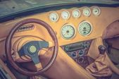 Steering wheel, shift lever and dashboard - retro and vintage st — Photo