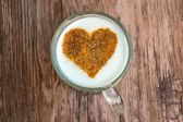 Coffee cup with a heart  — Stock Photo